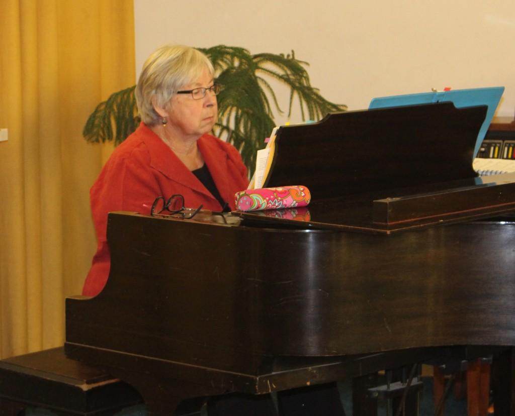 Sunny at Piano